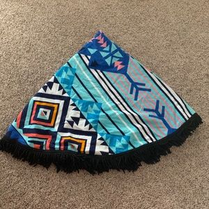 Geometric print round beach towel
